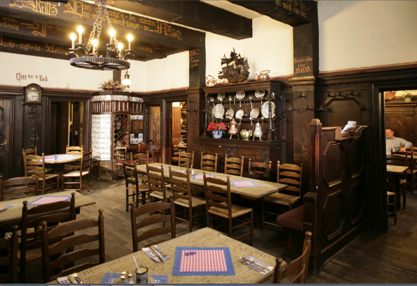 pinkus m ller altbierk che m nster restaurant restaurant deutsche k che m nster typisch. Black Bedroom Furniture Sets. Home Design Ideas